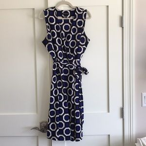 Sleeveless plus size dress